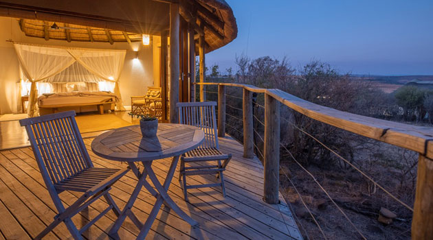 nambiti plains, private game lodge, nature reserve, ladysmith, zululand, kwazulu-natal, lodge, 5-star, game drives, big 5 accommodation, luxury getaway, africa